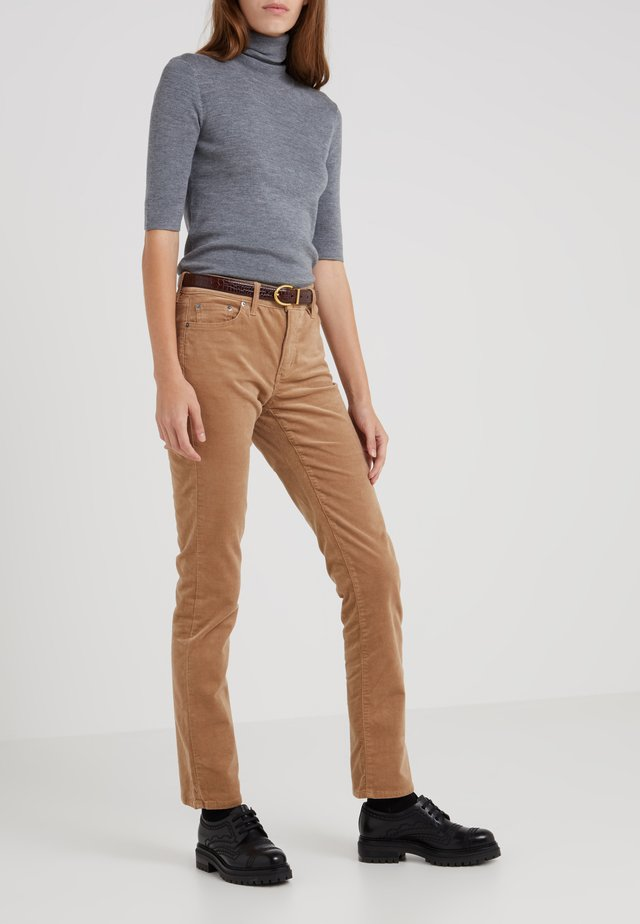 Trousers - classic camel
