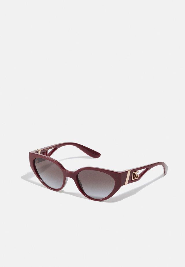 Sluneční brýle - transparent bordeaux