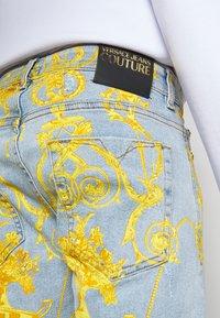 Versace Jeans Couture - HARRY - Slim fit jeans - light-blue denim - 4