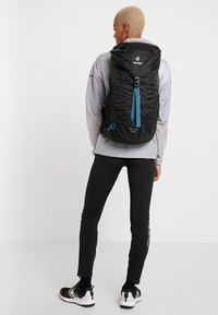 Deuter - AC LITE - Hiking rucksack - black - 8