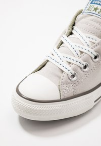 Converse - CHUCK TAYLOR ALL STAR STREET - Trainers - pale putty/street sage - 2