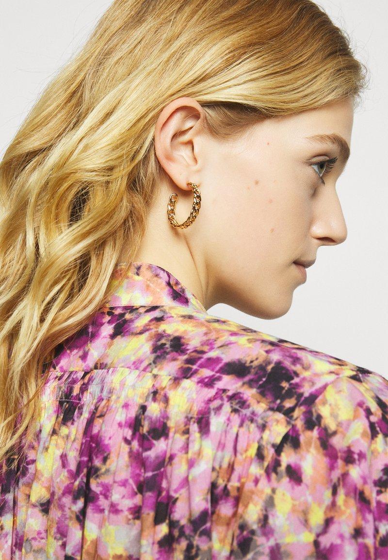 Rebecca Minkoff - CURB CHAIN HOOP EARRING - Earrings - gold-coloured