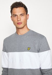 Lyle & Scott - LOGO - Sweatshirt - grey