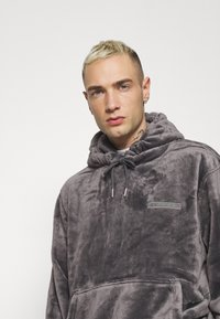 Topman - GREY LOGO TEDDY HOOD - Sweatshirt - grey - 4