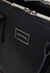comma - PURE ELEGANCE HANDBAG  - Sac à main - black - 3