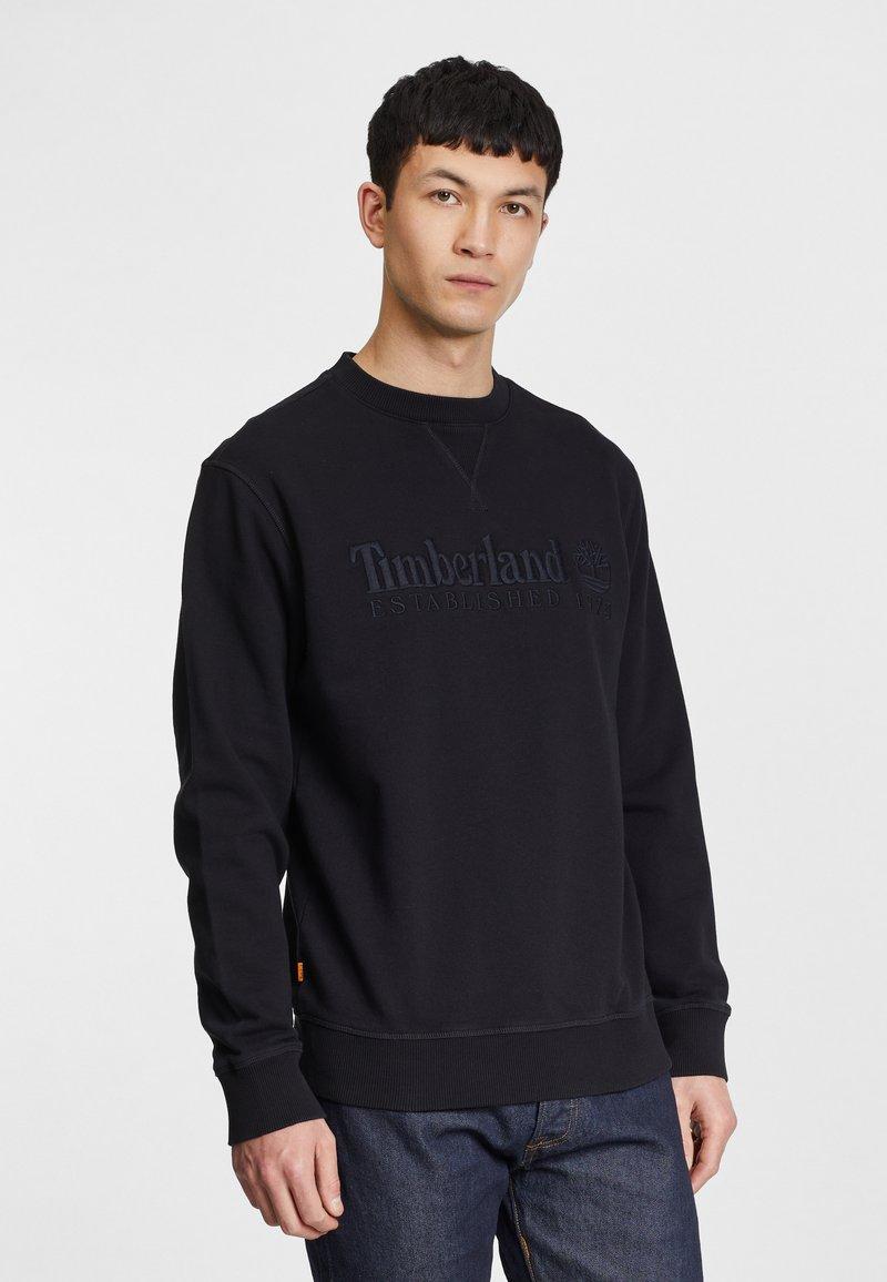 Timberland - OUTDOOR HERITAGE ESTABLISHED 1973 CREW - Sweatshirt - black