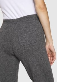 CHINTI & PARKER - ESSENTIALS WIDE LEG PANT - Broek - grey - 5