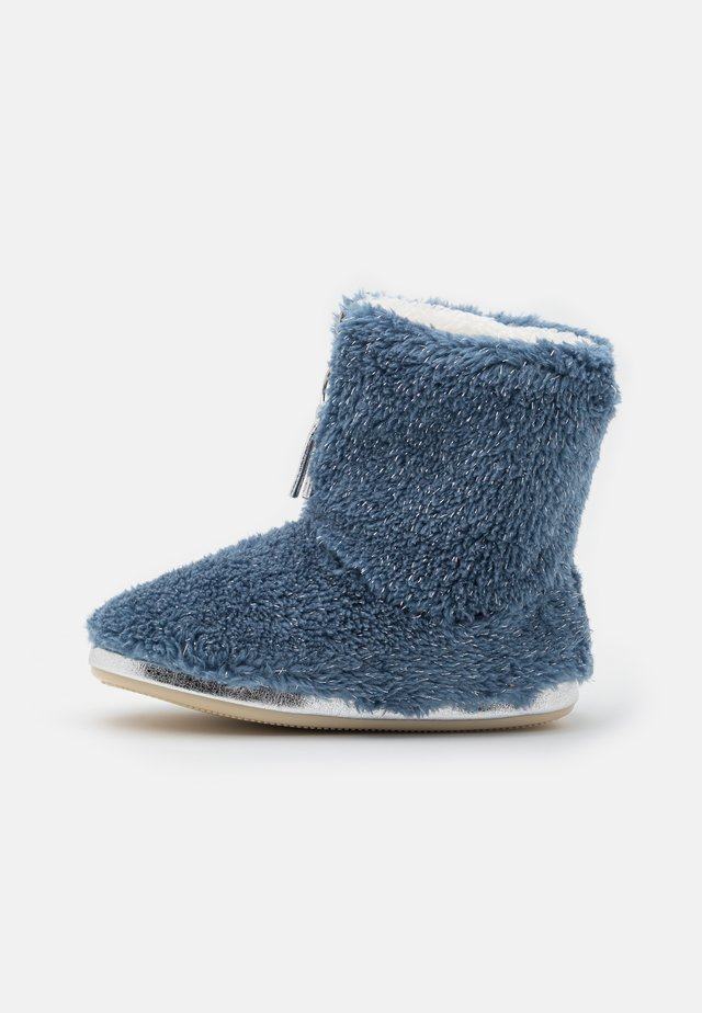 YETI  - Slippers - denim