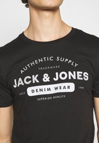 Jack & Jones - Print T-shirt - black - 5