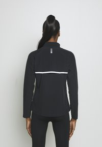 Under Armour - LAUNCH 3.0 STORM JACKET - Sports jacket - black - 2