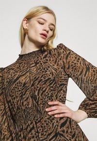 Forever New - ALISON SHIRRED NECK SKATER DRESS - Day dress - brown - 4