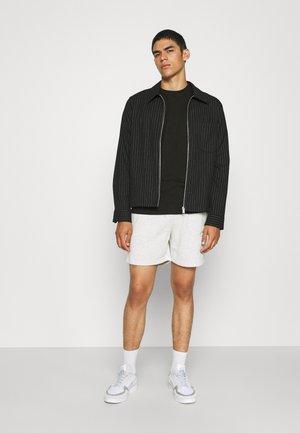 ESSENTIAL SKATE 5 PACK - Basic T-shirt - black/white/ink navy