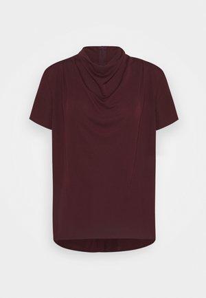VOLONA - T-shirt basique - red art
