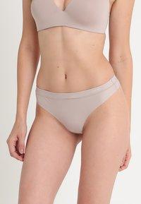 Calvin Klein Underwear - THONG - Thong - grey - 0