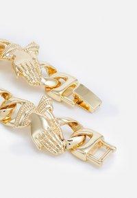 Urban Classics - PRAY HANDS BRACELET UNISEX - Bracelet - gold-coloured - 1