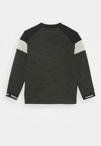 Hummel - HMLBRANDON - Sweatshirt - black olive - 1