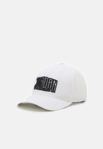 CLC99 - Cap - white/black