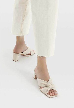High heeled sandals - off-white