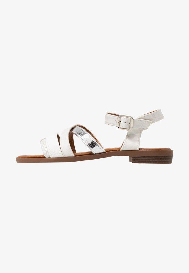 LARA - Sandales - white