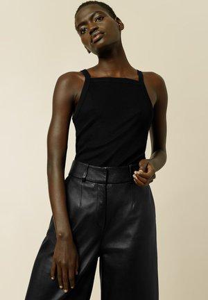 KLARA ROSE - Top - black