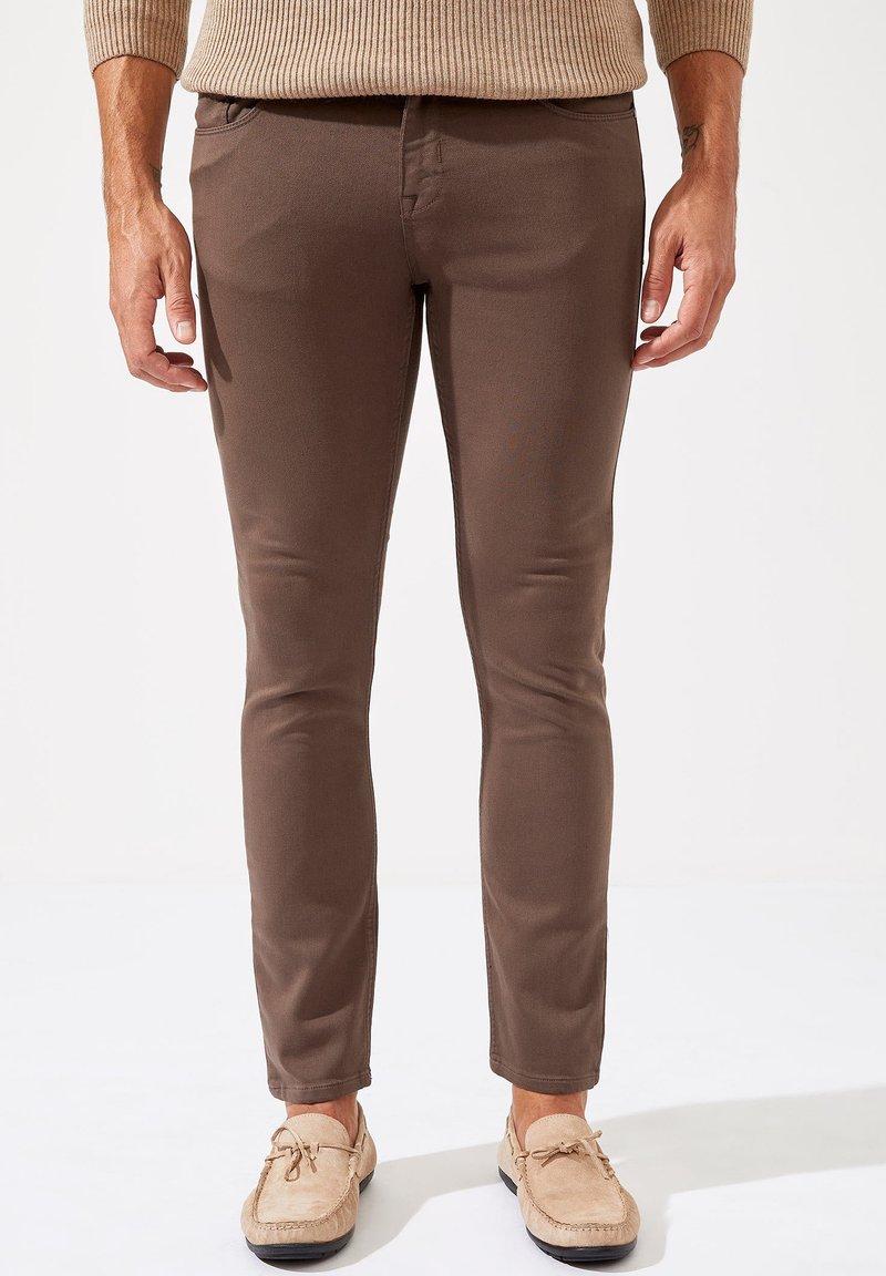 DeFacto - Pantaloni - Khaki