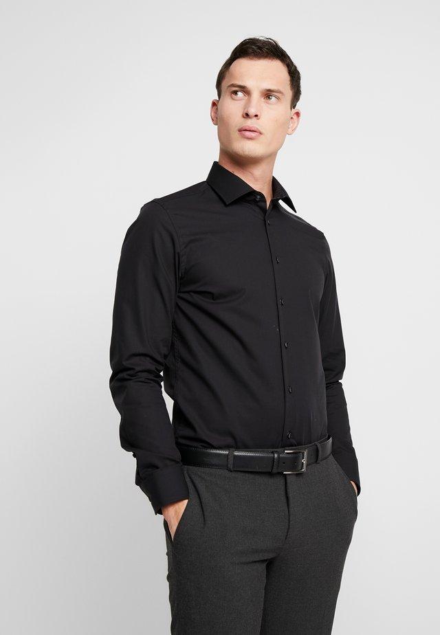 BUSINESS KENT PATCH SLIM FIT - Finskjorte - black