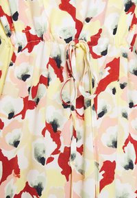 Soaked in Luxury - SLRAFINA DRESS - Kjole - multicoloured - 5