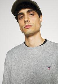 GANT - ORIGINAL C NECK - Sweatshirt - grey melange - 3