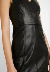 ONLY - ONLLIO DRESS - Etui-jurk - black - 6