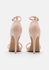 RAID Wide Fit - WIDE FIT CRESSIDA - Platform sandals - nude - 3