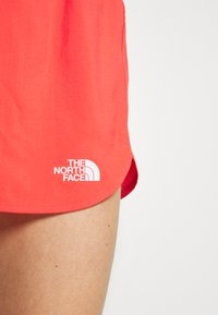 The North Face - WOMENS ACTIVE TRAIL RUN SHORT - Korte broeken - cayenne red - 5