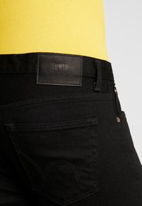 Edwin - SLIM TAPERED - Slim fit jeans - rinsed kaihara black - 4
