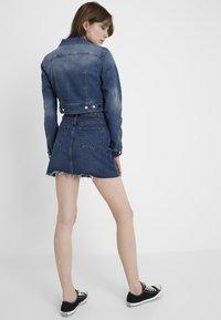 ONLY - ONLNEW WESTA CROPPED JACKET - Denim jacket - medium blue denim - 2