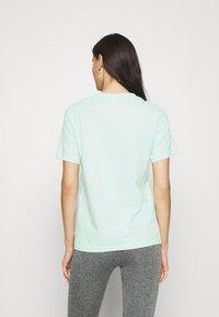 Calvin Klein Underwear - COMFORT CREW NECK - Pyjamapaita - aqua luster - 2