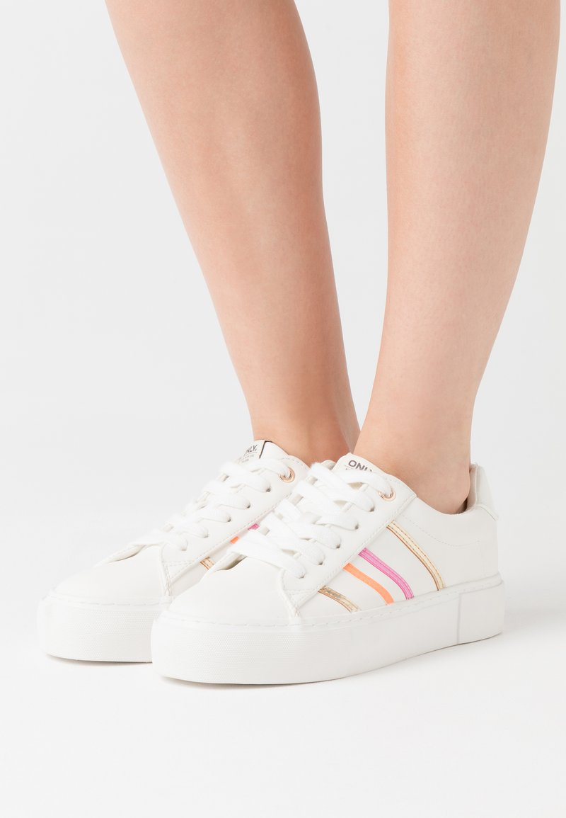 ONLY SHOES - ONLLIV - Sneakers laag - white