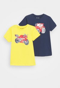 Blue Seven - SMALL BOYS MOTORCYCLE TRACTOR 2 PACK - T-shirt con stampa - yellow/dark blue - 0
