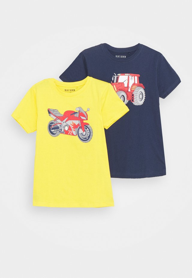 SMALL BOYS MOTORCYCLE TRACTOR 2 PACK - T-shirt med print - yellow/dark blue