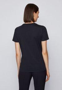 BOSS - Print T-shirt - light blue - 2