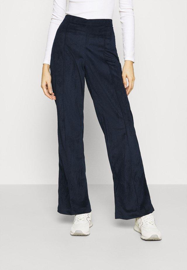 PIRLA - Pantaloni - deep blue