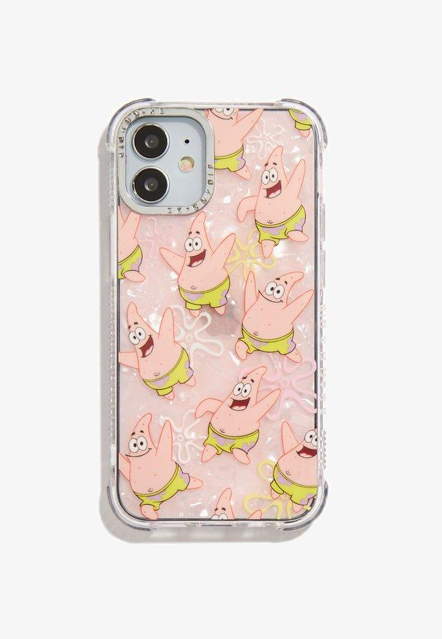 SPONGEBOB X SKINNYDIP HAPPY PATRICK SHOCK CASE IPHONE XS MAX / 11 PRO MAX - Phone case - pink