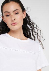 See by Chloé - T-shirt imprimé - white powder - 3