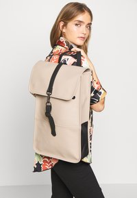 Rains - BACKPACK - Batoh - beige - 1
