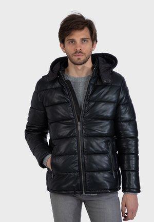 WALKER - Gewatteerde jas - black