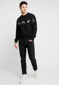 Edwin - IMPRINT BASE CREW - Sweatshirt - black - 1