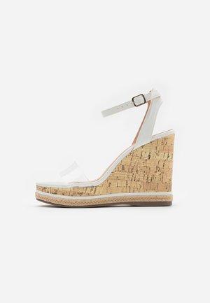 PACIFIC PERSPEX WEDGE - Højhælede sandaletter / Højhælede sandaler - white