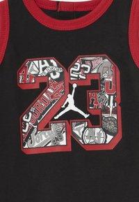 Jordan - 3 PACK UNISEX - Dárky pro nejmenší - black/red/white - 3