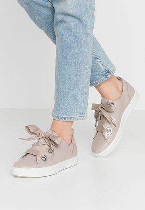 ECCO SOFT 8 W - Trainers - grey rose