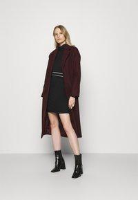 Anna Field - Mini punto smart comfy skirt - Pencil skirt - black/white - 1