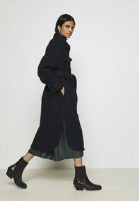 Weekday - BOEL COAT - Płaszcz wełniany /Płaszcz klasyczny - navy - 3