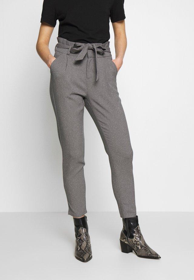 VMEVA LOOSE PAPERBAG  - Trousers - mottled grey